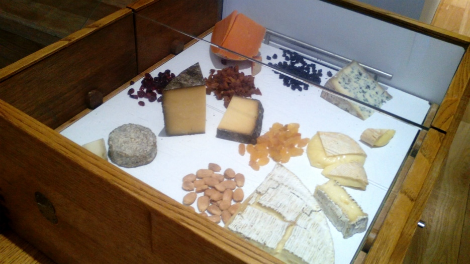The cheeses were presented at a trolley