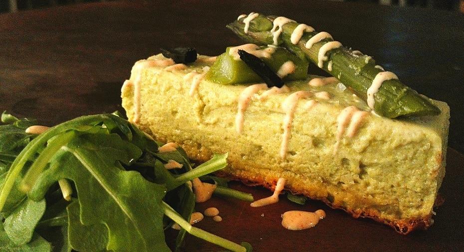 Green asparagus cake